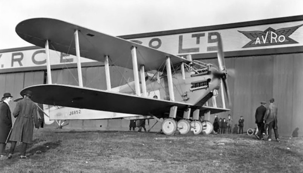 Napier Cub-powered Avro Aldershot II (J6852). This was the first Aldershot prototype, originally powered by a 650 hp Rolls-Royce Condor V-12 engine. To support the Cub, the aircraft had its main gear doubled to four wheels. After three years of Cub-power, the aircraft was re-engined with an 800 hp Beardmore Typhoon (straight-six semi-diesel).