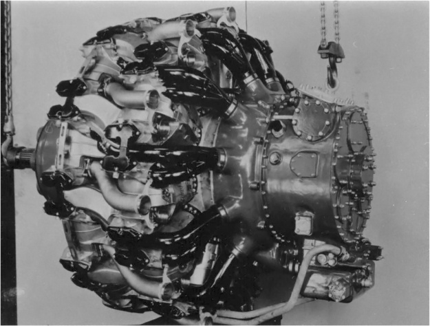 The R-4090 was very close to the same power and weight as the Pratt & Whitney R-4360 at this stage of development.(Aircraft Engine Historical Society image)