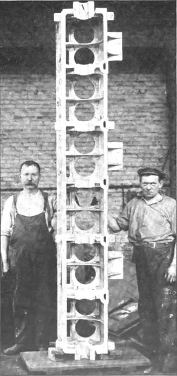 Duesenberg Straight-12 aluminum crankcase