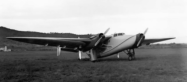 Piaggio P.23M front 2