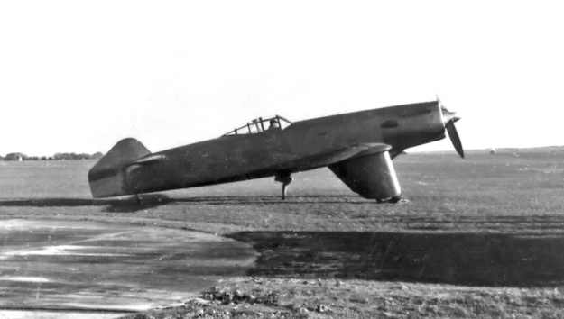 Martin-Baker MB2 with short tail