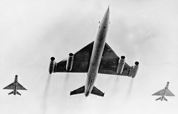 Myasishchev M-50 bottom