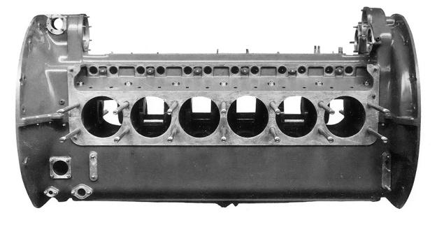 Hispano-Suiza Type 86 crankcase.