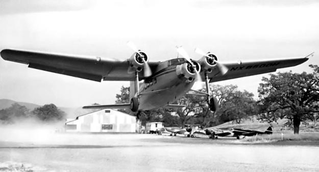 Northrop N-23 take off