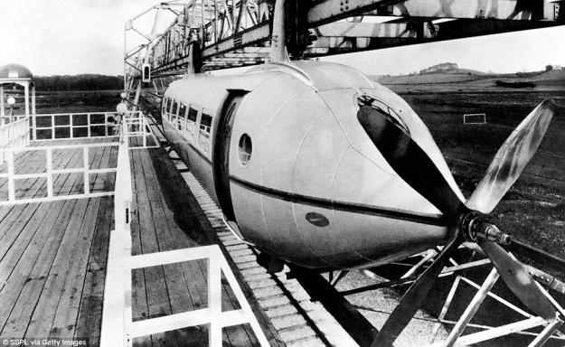 Bennie Railplane four blade