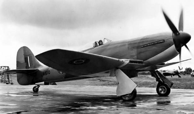 Hawker Fury Sabre LA610 taxi