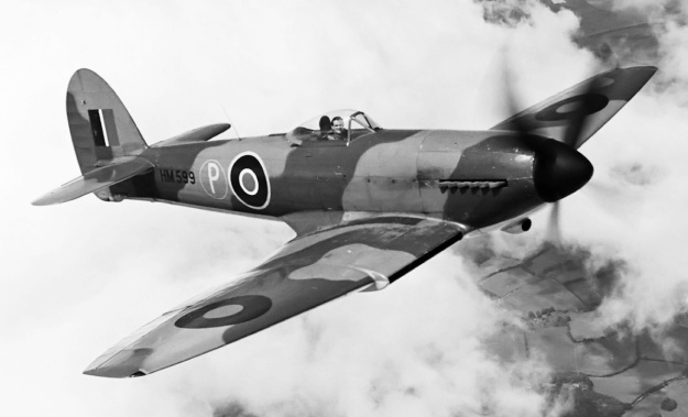 Hawker Tempest I HM599 flight
