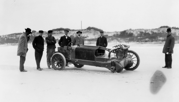 Christie 1906 V-4 wheel Ormond Beach