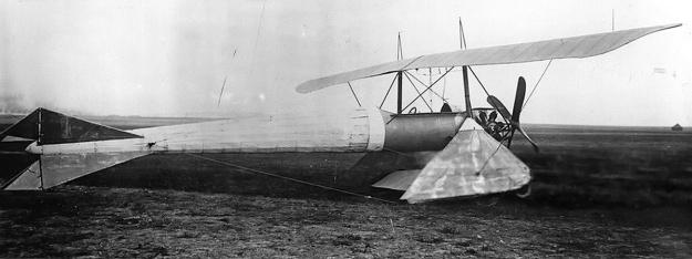 Coanda 1911 Monoplane side