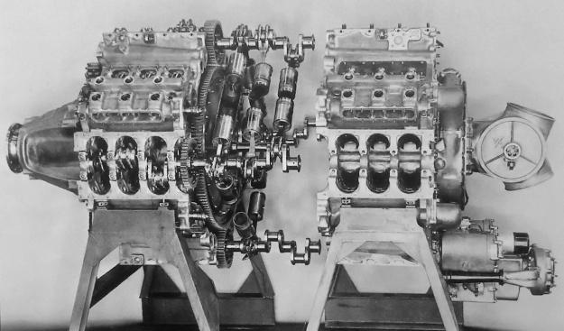 Junkers Jumo 223 split case