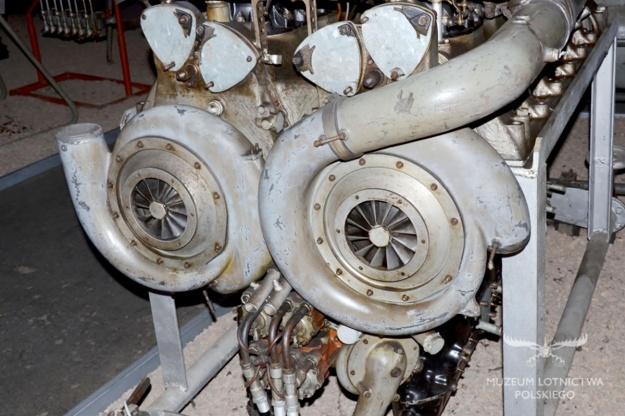 Hispano-Suiza 24Y Type 82 rear