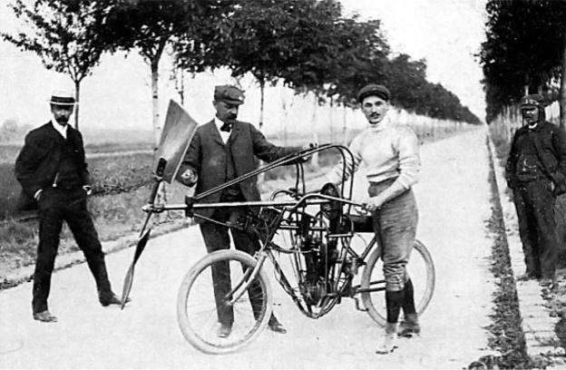 Aéro-motocyclette Archdeacon Anzani pose