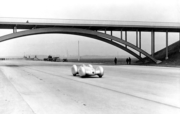 mercedes-benz-w154-record-run