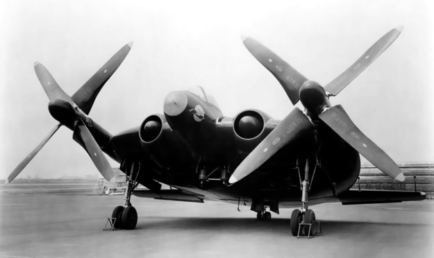 vought-xf5u-front