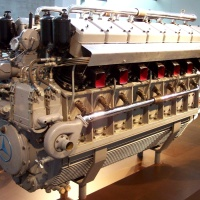 Daimler-Benz DB 602 (LOF-6) V-16 Diesel Airship Engine