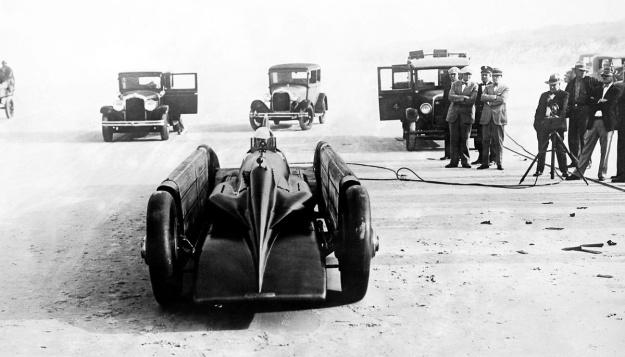 Irving-Napier Golden Arrow Segrave front