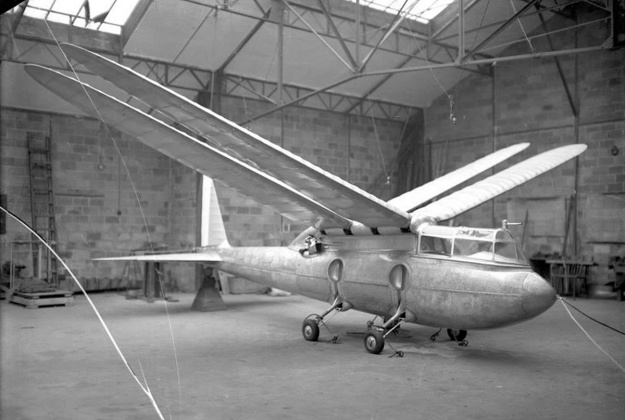 Riout 102T wings up