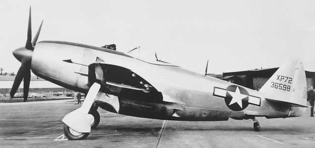 Republic XP-72 No 1 left side