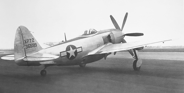 Republic XP-72 No 2 right rear