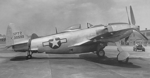Republic XP-72 no 2 right side