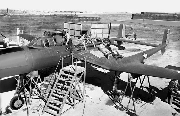 Lycoming XH-2470 Vultee XP-54