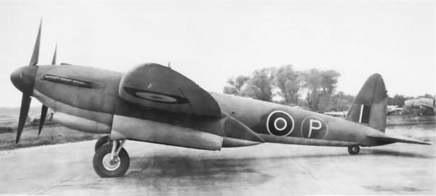 Vickers Type 432 left side