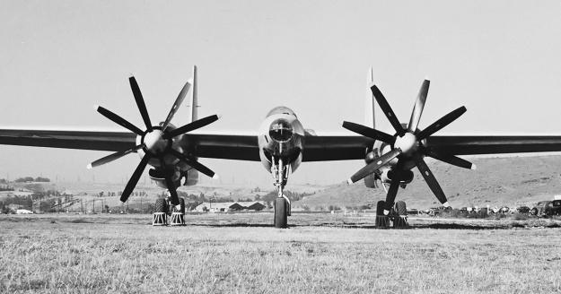 Hughes XF-11 no1 front