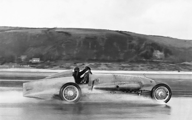 Napier-Campbell Blue Bird 1927 Pendine Record
