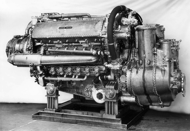 Napier-Deltic-C18-5-Compound-Marine-Engine