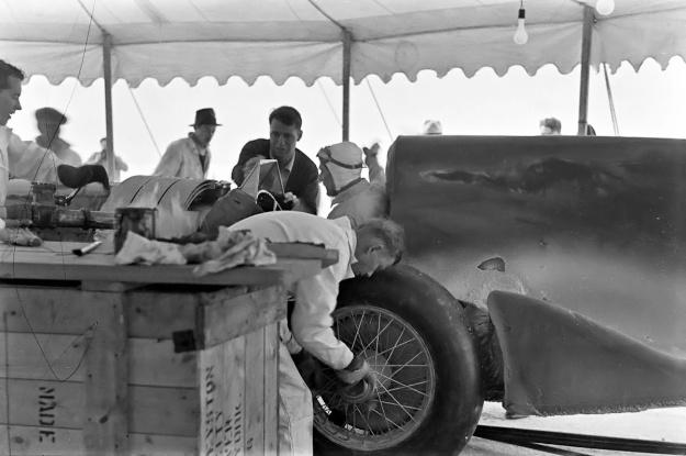 Speed of the Wind 1937 Eyston service