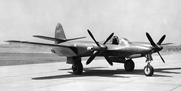 McDonnell-XP-67-right-front