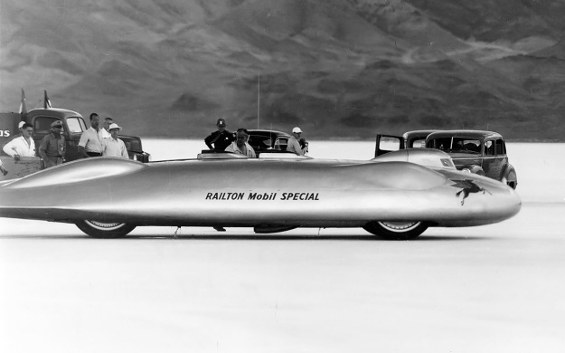 Railton-1947-side