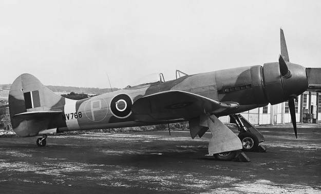 Hawker-Tempest-V-Napier-Sabre-IIB-ducted-spinner