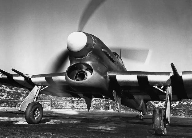 Hawker-Typhoon-IB-Napier-Sabre