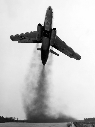 Martin-XB-51-takeoff