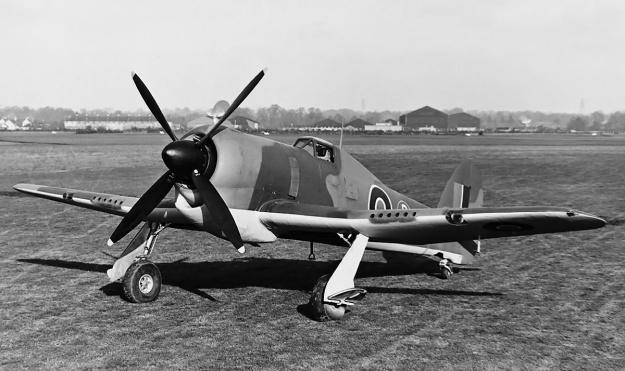 Hawker-Tempest-HG641-side-mod