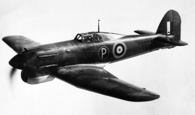 Hawker-Tornado-P5224-in-flight