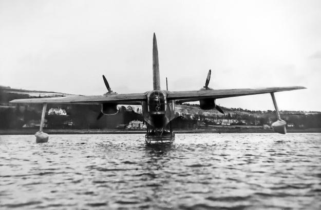 Blackburn-B20-rear-water