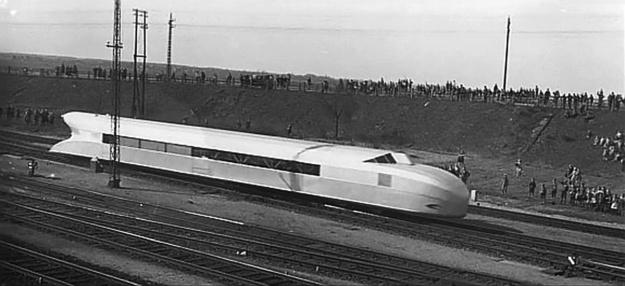 Rail-Zeppelin-Diesel-hydraulic