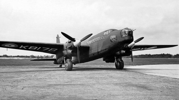 Vickers-Warwick-K8178-Rolls-Royce-Vulture