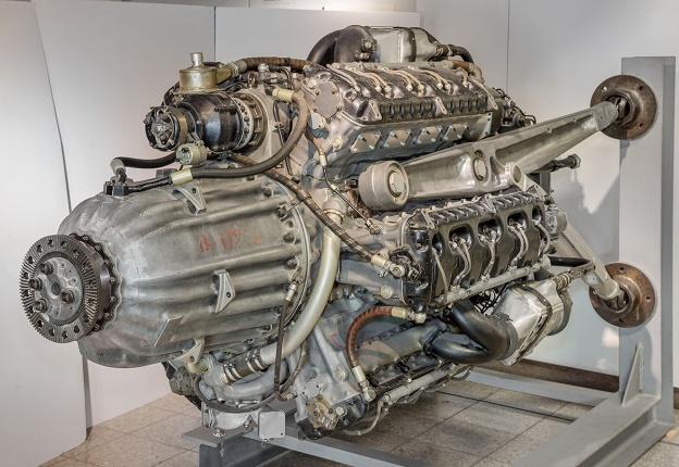 Junkers-Jumo-222-EF-front