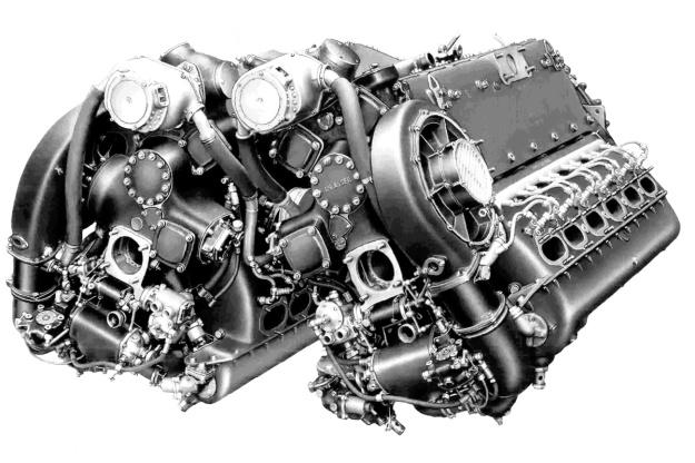 Daimler-Benz DB 606 engine rear